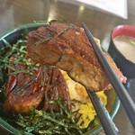 kandaotonanookinawaryouritengushiken - 炙り角煮丼