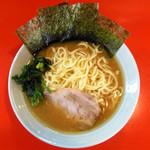 介一家 うりゅう - 料理写真:ラーメン … 750円