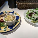 117684304 - 前菜とサラダ
