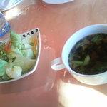 マルサーラ - セットのスープとサラダ