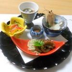 11770430 - 前菜:赤生子酢、アジの南蛮漬け、蓮根キンピラ、イイダコ旨煮など