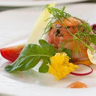 四季の移ろいを感じ、五感で愉しむ進化したイタリア料理。