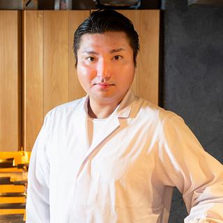 浅倉鼓太郎氏(アサクラコタロウ)─独創性が光る美食の探求者