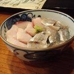 京すし - イナダ&アジ丼