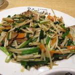 れんげ食堂 Toshu - レバニラ炒め定食 アップ 650円