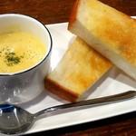 117723267 - トースト&コーンスープ