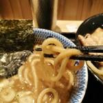 京都 麺屋たけ井 - かなりの太麺