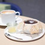 KASHIYAMA DAIKANYAMA CAFE  - バスクチーズケーキ