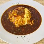 カフェ フオネ - 牛すじを煮込んだデミオムライス