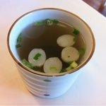 お好み焼きマンマル - 料理写真:まずはスープ(ていうか、お吸い物?)