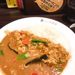 CoCo壱番屋 - 料理写真:チキンと夏野菜カレー