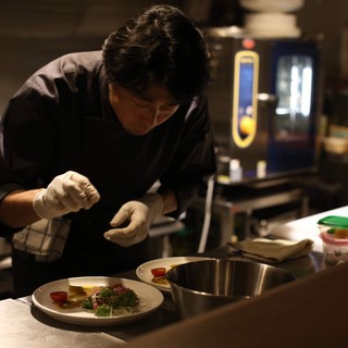 【数々の経歴を持つシェフが作る至極のイタリア料理】