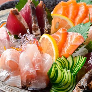 新鮮な玄界灘産の魚介類を多彩な調理法でご提供致します