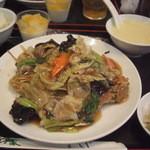 アジア料理 菜心 - 五目やきそば