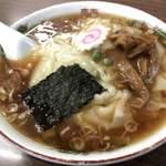 117786316 - 食堂 多万里 「ワンタンメン」800円(増税前、税込)