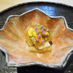 117789063 - 「焼きナスと穴子、菊の花と穂紫蘇」