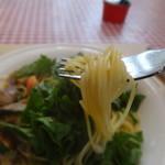 イタリア食堂ディエーチ - ルッコラとアサリのスパゲッティ