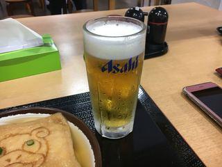 さか枝うどん 南新町店 - へぇ、これが生ビールか