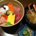 いざかや 漁火 - 海鮮丼