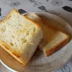 茶房 ぶれっど - おかわりパン