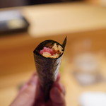 鮨 とかみ - 鮪突先の手巻き寿司