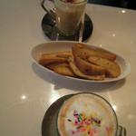 ベイク クラウンズ カフェ - COFFEEとまかないポテト(ぐるなびクーポン)