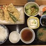 旬彩和膳 左がわ - 天ぷら定食(1,100円)