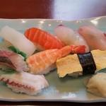 壱岐寿司 - 別の日にいただいた、並にぎり(税抜 1200円)。