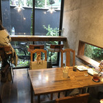 HAGI CAFE  - 店内の様子