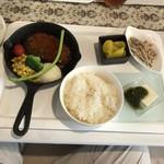 大衆ビストロYASUDA - てりたまハンバーグ定食