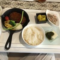 大衆ビストロYASUDA-てりたまハンバーグ定食