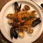 スパゲッティ 魚介たっぷりペスカトーレ