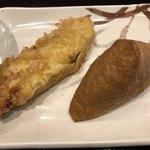 丸亀製麺 - 天ぷら(かしわ) いなり