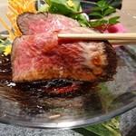 117860417 - お肉の旨味とさっぱりした赤ワインのジュレとよく合い美味しい
