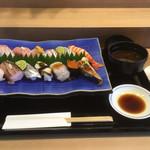 日本料理 永代 - 料理写真:おまかせにぎりコース13貫
