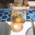 北千住葡萄酒場 - オレンジワイン 少し飲んだ