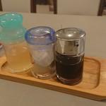 霞舫飯店 - テーブル上