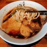麺匠 中うえ  - 醤油らぁ麺(¥750)~麺リフト~