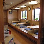 らーめん高島 - 畳敷きの小上り席