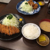 とんかつ 丸山 - 料理写真:ロースとんかつ定食  1300円 ヒレとんかつ定食     1600円