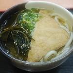 桃山亭 - 料理写真:きつねうどん(中)