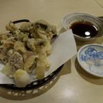 手打ち蕎麦 雷鳥 - 料理写真:秋の天婦羅(きのこ)