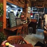 ワンカフェ アンド バー - 店内