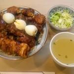 栄一 - ランチの焼鳥丼の大盛り