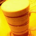 11790021 - 陶器のジョッキで生ビール