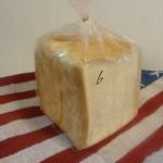 三鷹丸十ベーカリー - 国産小麦使用食パン1斤6枚切