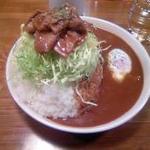 ローレル - 期間限定の豚肉のしょうが焼きカレー大盛り(1,000円)