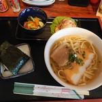 あぐ家の横ちゃん - 料理写真:宮古そばセット¥800(19-10)