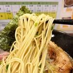 117933171 - 味玉濃厚鶏そば 麺リフトアップ