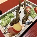 祇園新橋 中谷 - 料理写真:生きてた天然鮎の塩焼き